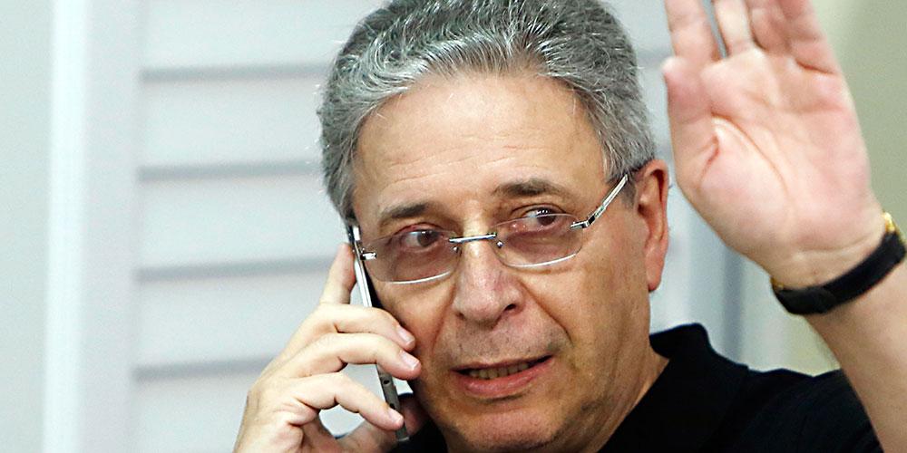 O presidente do Coritiba enfrentou problemas no seu primeiro ano de mandato  e 2016 não está sendo diferente. A pressão só aumentou sobre o cartola  depois do ... fe1c1fa10cfe1