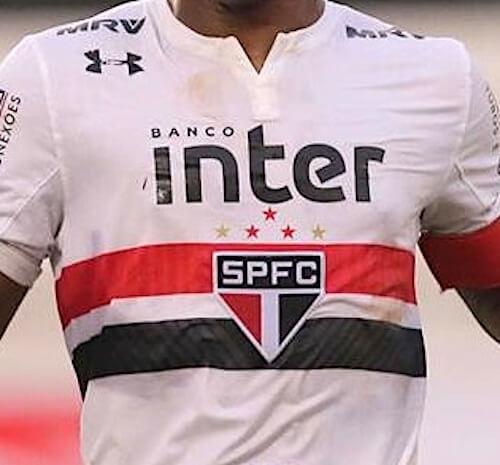 foto da camisa do sao-paulo no brasileirão em 2018