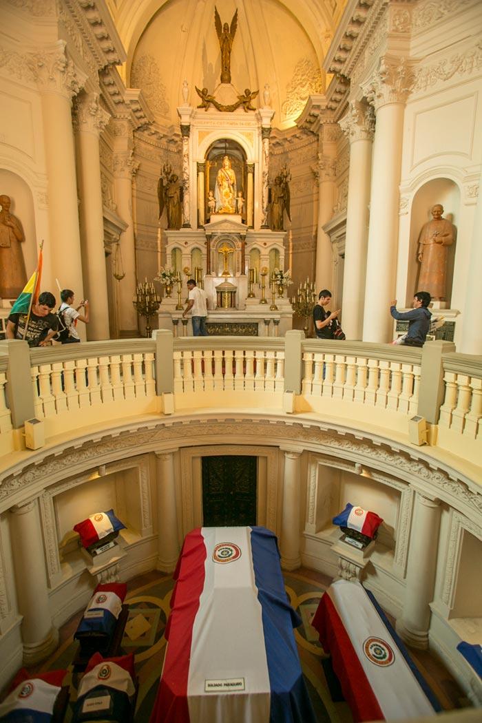 Imagem - No Paraguai, os mortos na guerra são lembrados e homenageados no Panteão dos Heróis